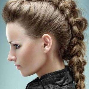 Trecce a cresta su capelli lunghi