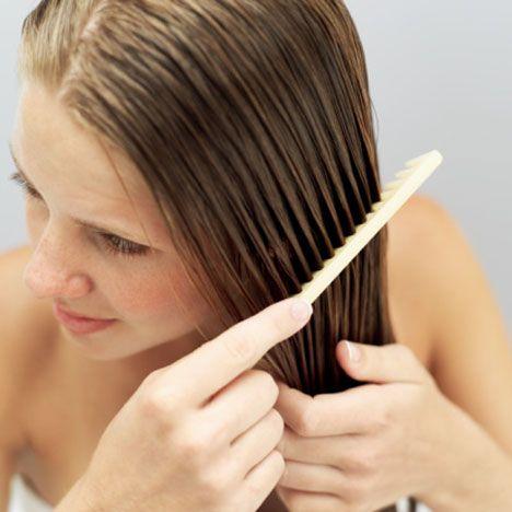 Pettinare capelli bagnati