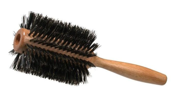 Spazzola districante per capelli ricci