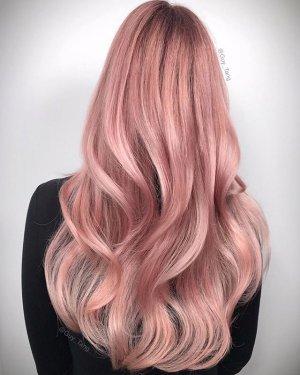 Capelli rosa pastello