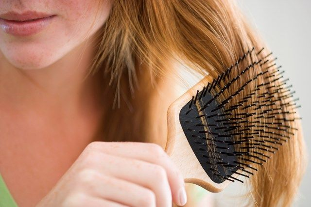 Spazzolare bene i capelli