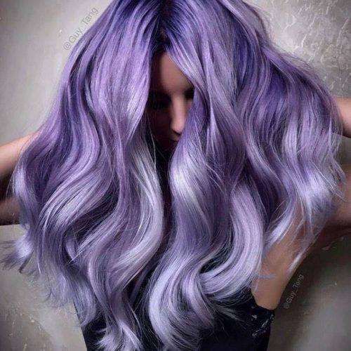 Modella Guy Tang capelli viola lavanda