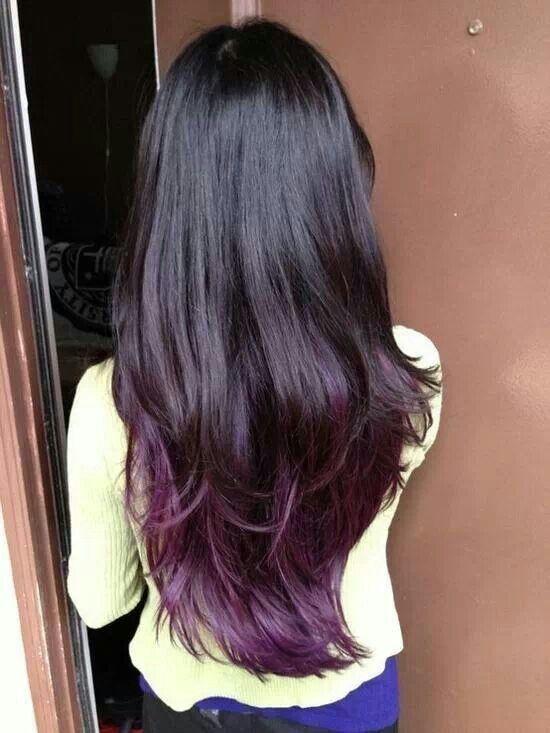 Moda capelli colorati castano punte viola