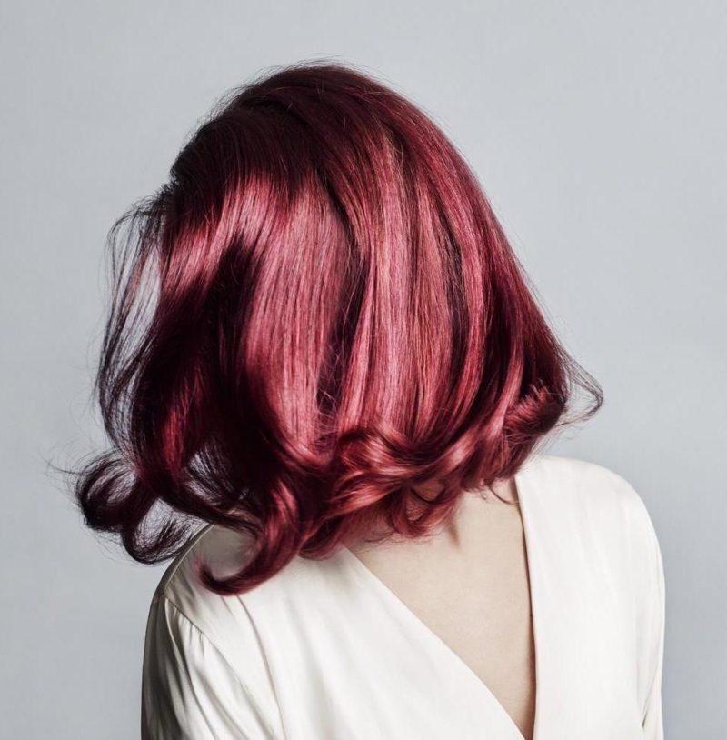 Capelli rosso ciliegia maschera pigmentata