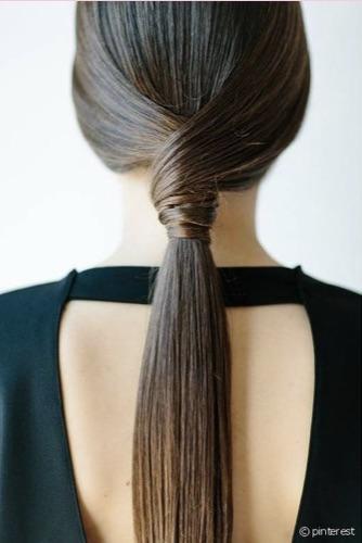 Acconciatura coda capelli