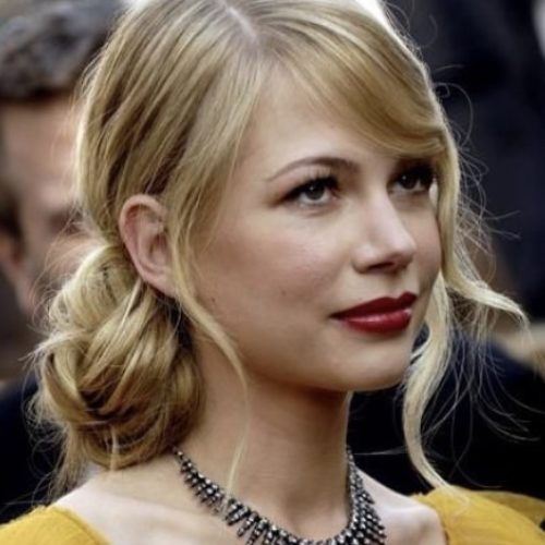 Acconciatura raccolta michelle williams