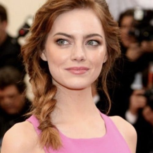 Acconciatura raccolta emma stone