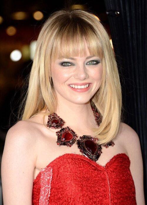 Emma Stone blunt cut