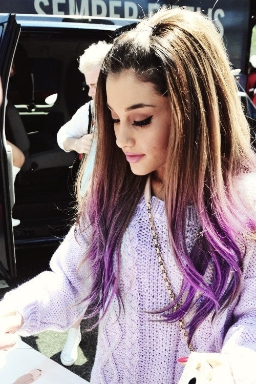 Ariana grande capelli punte lavanda