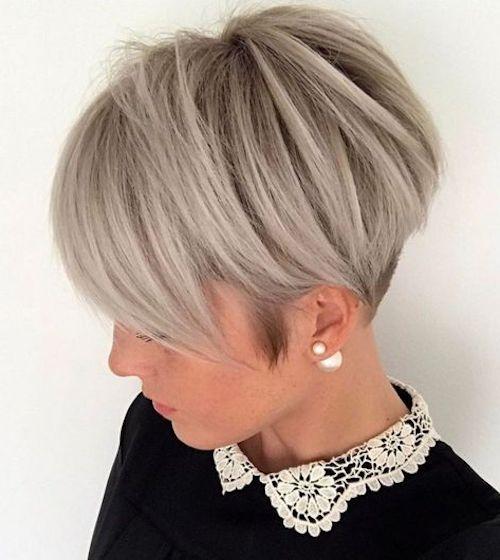 capelli biondo cenere taglio corto