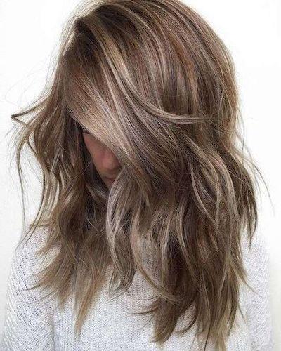 nuance capelli biondo cenere