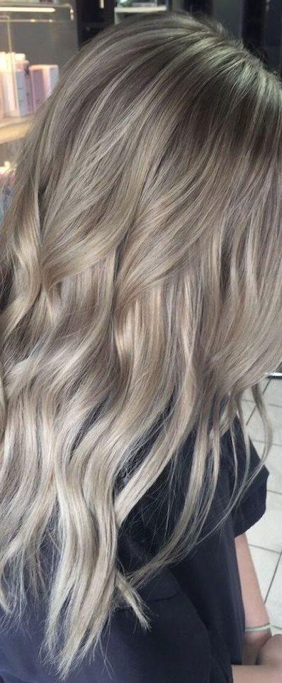 cura capelli biondo cenere