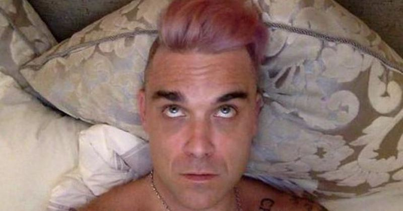 robbie williams rose gold hair