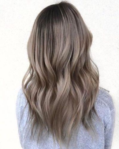 tonalità capelli biondo cenere
