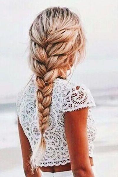 acconciatura capelli idratati