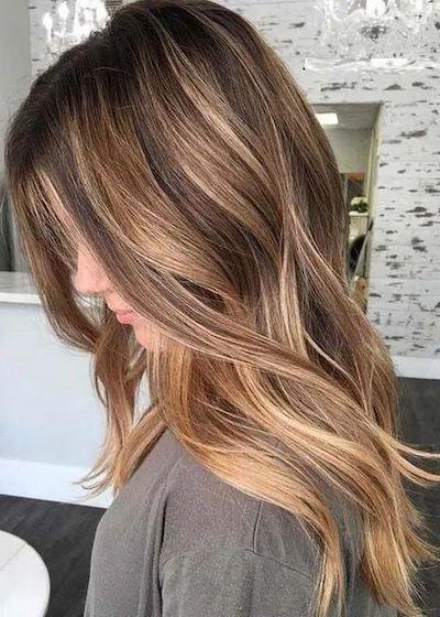 capelli biondo miele base castana