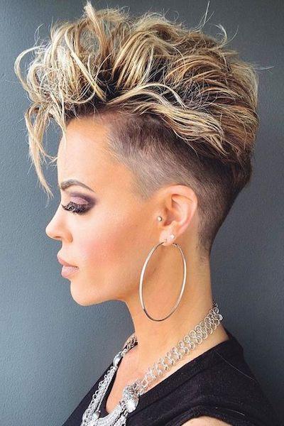 styling capelli corti donna