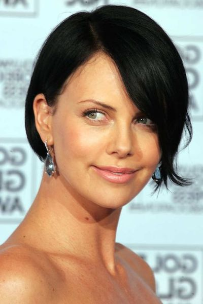 charlize theron 2005 hairlook