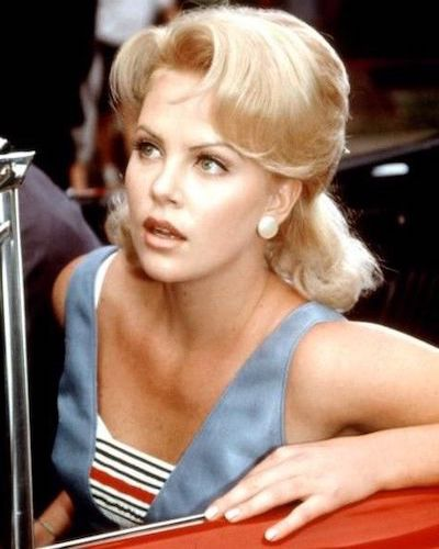 charlize theron hairlook 1995