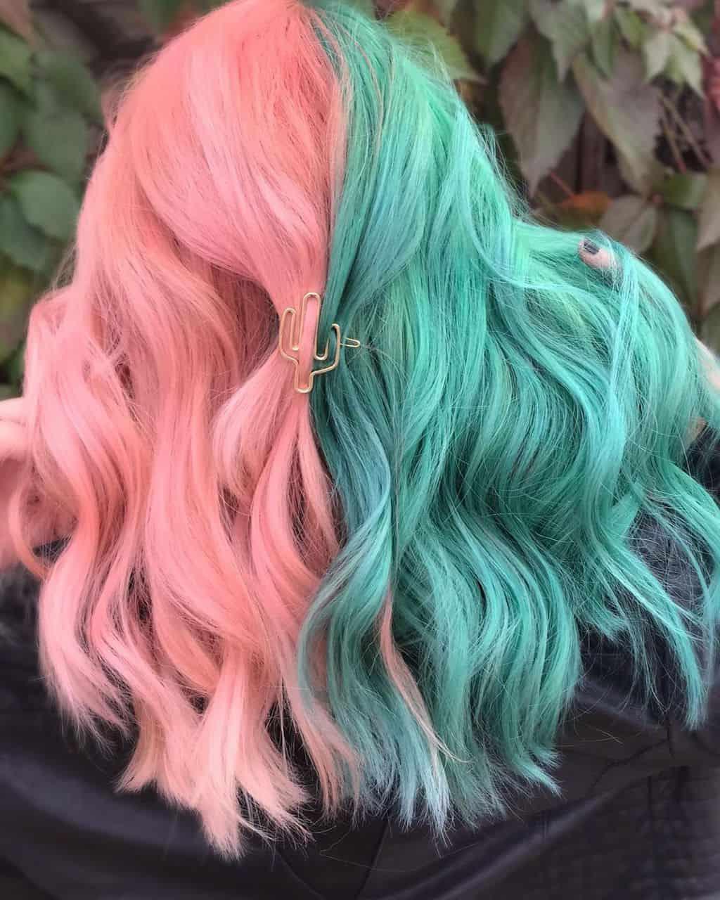 Capelli colorati a metà