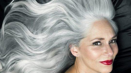 capelli bianchi naturali